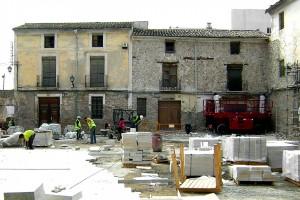 Trabajos en pavimento plaza | Restauración del entorno urbano del Santuario de la Santa Faz