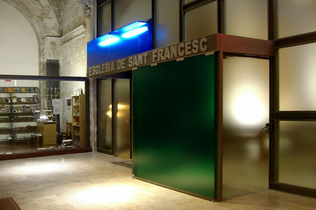 Acceso vidriera estructural | Restauración litúrgica de la Iglesia de Sant Francesc de Xátiva (Valencia)