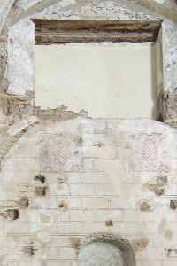 Decoración muros tapial | Restauración litúrgica de la Iglesia de Sant Francesc de Xátiva (Valencia)