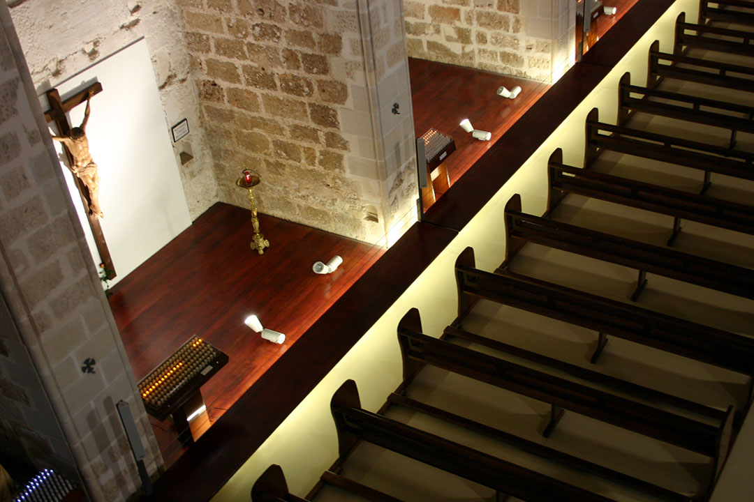 Capilla y nave restaurada | Restauración litúrgica de la Iglesia de Sant Francesc de Xàtiva (Valencia)