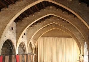 Nave hacia presbiterio estado previo | Restauración litúrgica de la Iglesia de Sant Francesc de Xátiva (Valencia)
