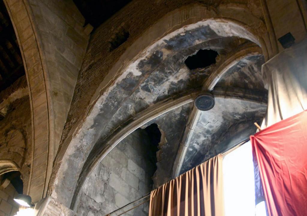 Cubierta capilla lateral estado previo | Restauración litúrgica de la Iglesia de Sant Francesc de Xátiva (Valencia)
