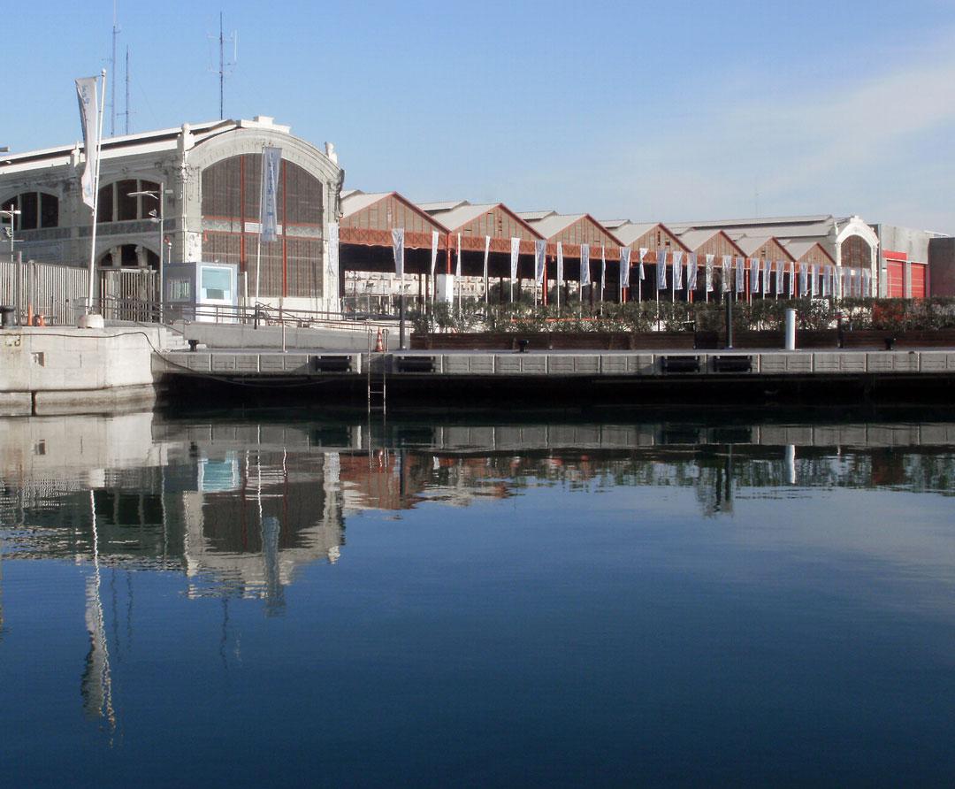 Tinglado nº 2 de la Marina Real Juan Carlos I, Puerto de Valencia