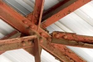Nudo estructura metálica a restaurar