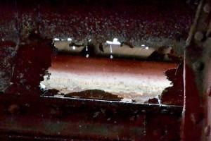 Corrosión en canalones metálicos de cubierta